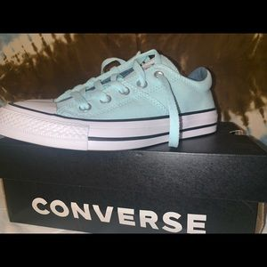 brand new never used teal low top converse